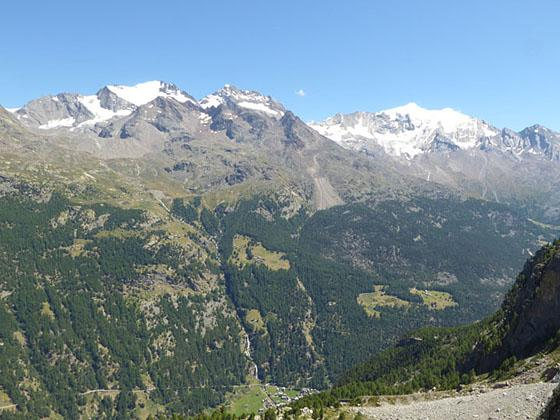 View of the peaks across the Saas Fee valley