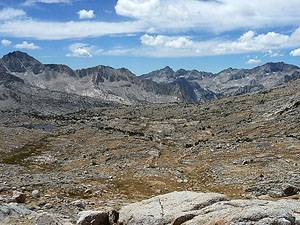 The panorama from the viewpoint below Bishop Pass